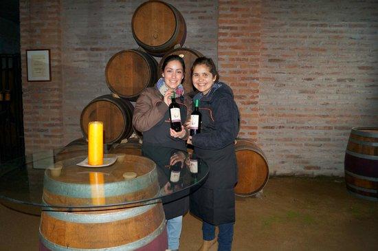 MontGras: Con Nuestro vino listo para llevarlo a Casa