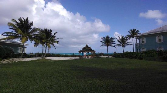 Sandals Emerald Bay Golf, Tennis and Spa Resort : Gazebo overlooking water - couples massage? wedding?