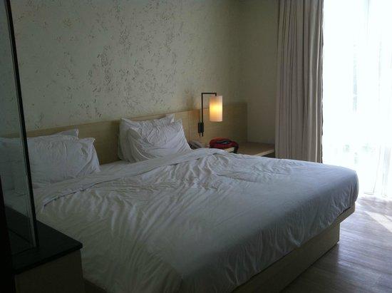 The Akmani Legian: room
