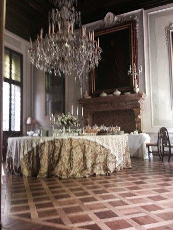 Casa de Uscoli: Breakfast in style!