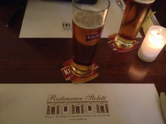 Restaurace Stoleti : bier