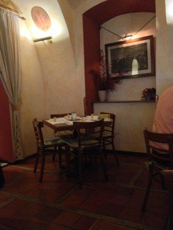 Restaurace Stoleti : All'interno..