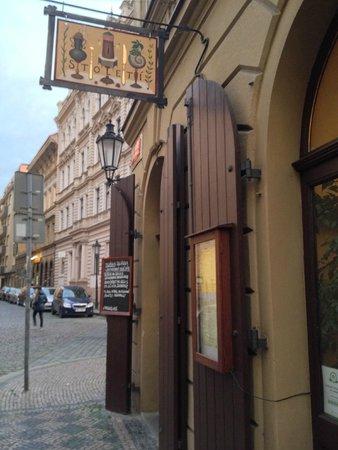 Restaurace Stoleti : Visto da fuori