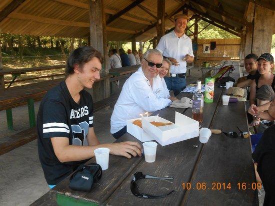 Camargue autrement safari 4x4 : Jérôme notre guide et la surprise!