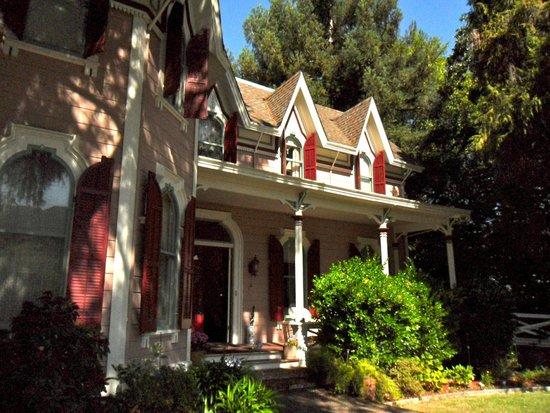 The Gables Wine Country Inn: The Gables B & B, Sonoma