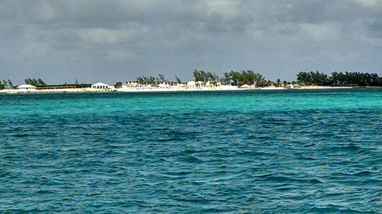 Sandals Royal Bahamian Spa Resort & Offshore Island: The private island (viewed from pier)