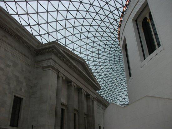 British Museum: the great court