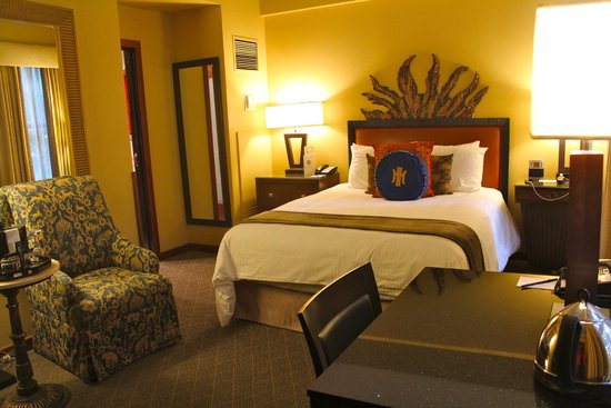 The Heathman Hotel: Room