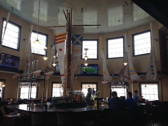 Blue Harbor Resort: Bar