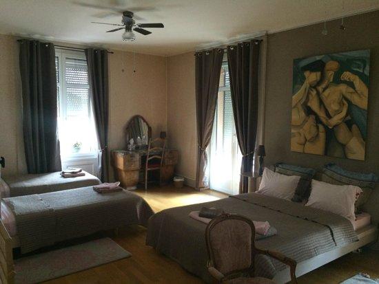 BnbLausanne.ch : The quad room.