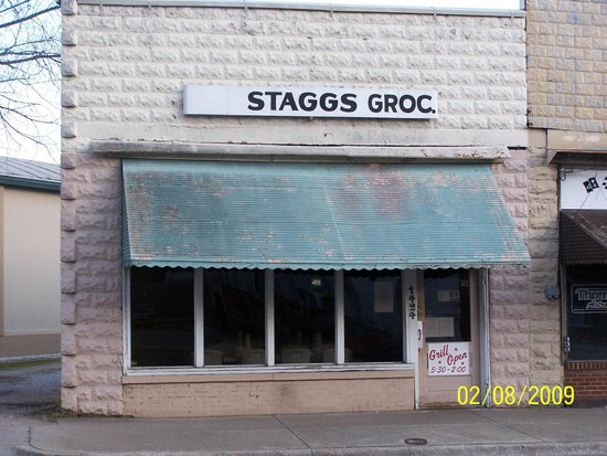 Staggs Grocery: Best Mon n' Pop shop in town!