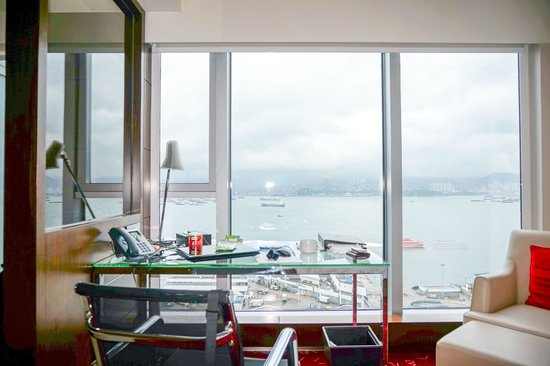 Courtyard Hong Kong: room with a view
