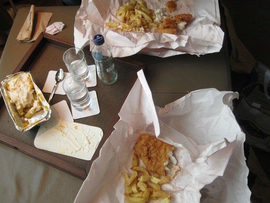 Leo Burdock's: Enjoying dinner back at the hotel