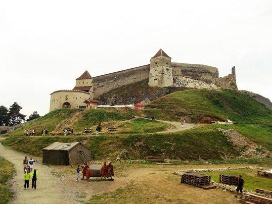 Rasnov Citadel: la fortezza di giorno