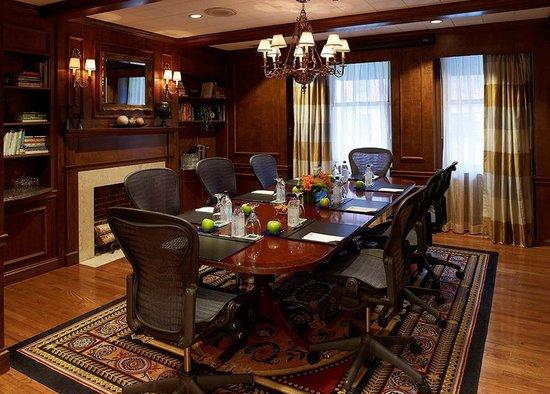 Lenox Hotel: Board Room