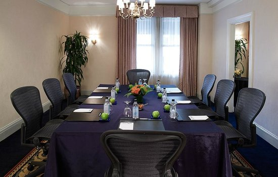 Lenox Hotel: Copley Room - Conference Style Set-up