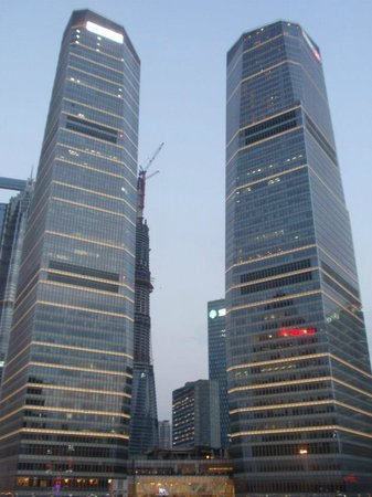The Ritz-Carlton Shanghai, Pudong : View of the Hotel from the front side...