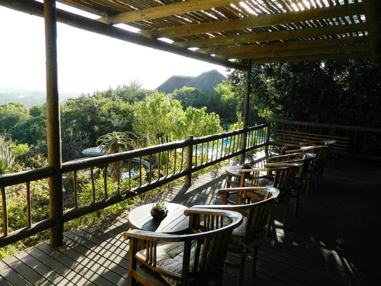 Hitgeheim Country Lodge : Nice shady terrace to have a drink, relax and admire the view