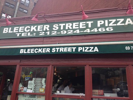 Manhattan Walking Tour: the BEST pizza ever!