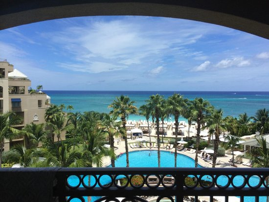 The Ritz-Carlton, Grand Cayman : View from our Fifth Floor Ocean View balcony.