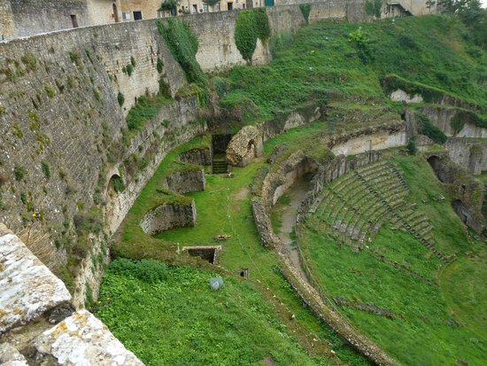 Teatro Romano (Roman Theater & Baths): Teatro Romano, Volterra