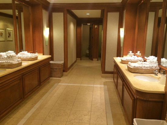 The Ritz-Carlton, Grand Cayman: We do not usually photo the 'facilities' but..
