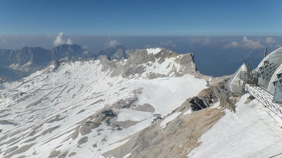 Zugspitze Plateau.