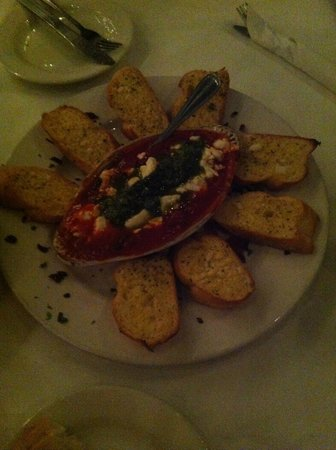 Italian Courtyard Incorporated: Goat Cheese Crostini -- very highly recommended