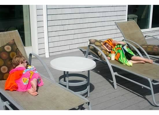 Top Mast Resort: smoothies on the sundeck at the pool