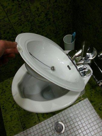 Hotel Valentini Inn: Tazza bidè...:-)