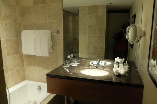 Hotel Teatro: Room 203