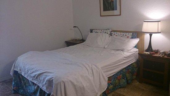 Kihei Bay Surf: cama casal