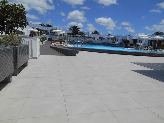 Nautilus Lanzarote: acces piscine