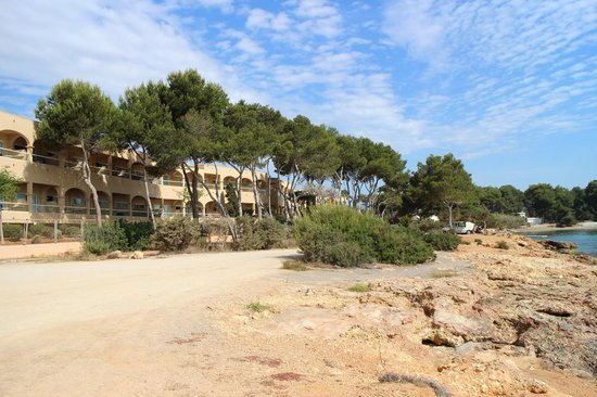Grupotel Santa Eularia Hotel: View of hotel from the Coastal Path