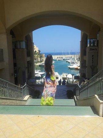 Hilton Malta: Территория