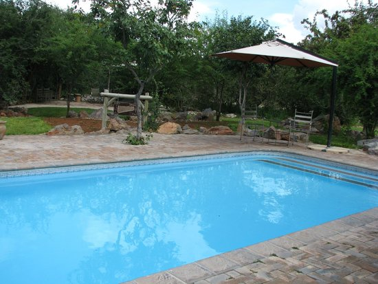 Etosha Village : Poolbereich