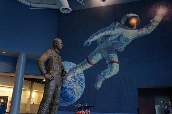 U.S. Astronaut Hall of Fame: Entrance lobby