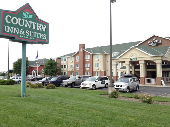 Country Inn & Suites By Carlson, Lincoln North Hotel and Conference Center : Exterior