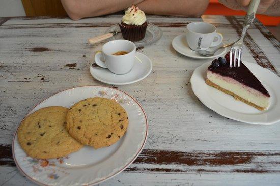 Ginger - Tea & Cakes : Per cominciare...