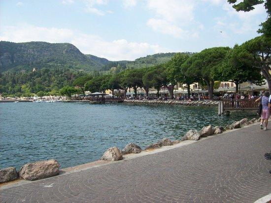 Hotel Marco Polo: Beautiful Lake Garda