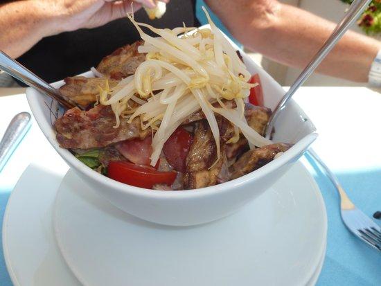 Meydan Meat & Fish Restaurant : Beef salad