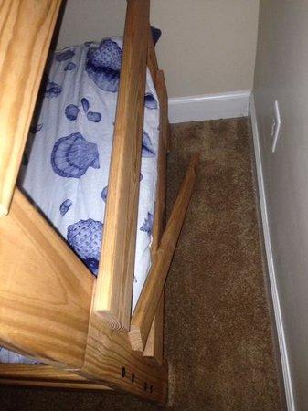 Seawind Condominiums: Broken Bunk Bed