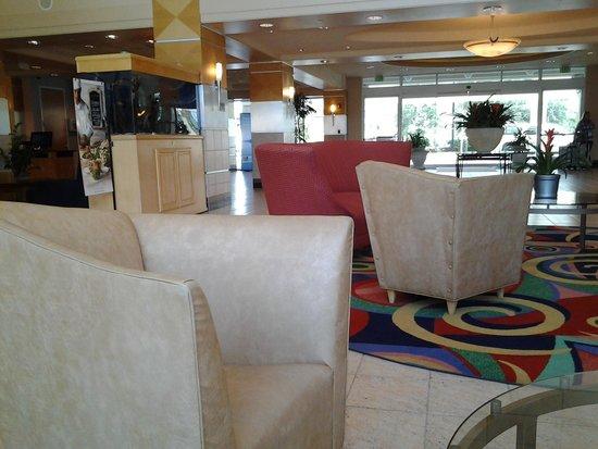 Crowne Plaza Orlando - Universal Blvd: lobby