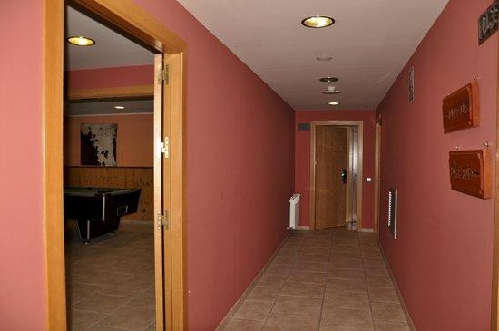 Hotel Segle XX: Habitación 101, junto zona recreativa