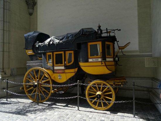 Swiss National Museum: A post carriage from Gotthard pass