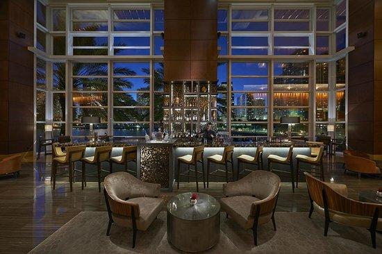Mandarin Oriental, Miami: MO Bar + Lounge