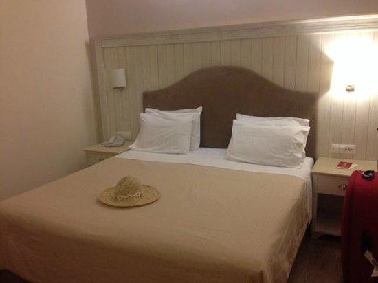Art Hotel Debono: Bedroom
