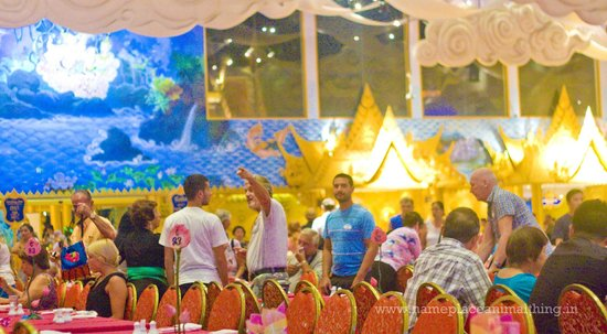 Phuket FantaSea : The Golden Kinnaree Buffet Restaurant