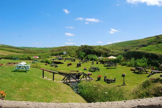 Margaret's Rustic Tea Garden: A view from the bridge over the lovely stream