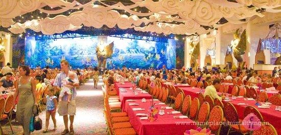 Phuket FantaSea: The Golden Kinnaree Buffet Restaurant